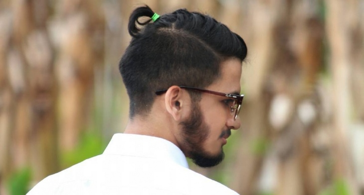 15+ Men\'s Top Knot Haircut Ideas, Designs | Hairstyles | Design ...