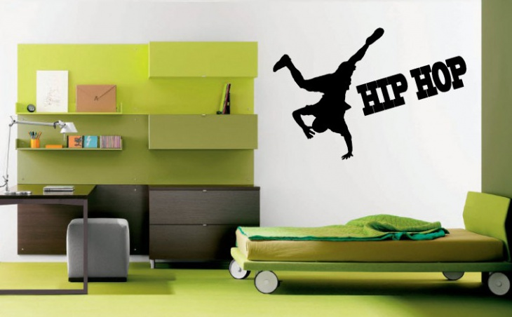 Green Kids Bed Wall Mural Idea