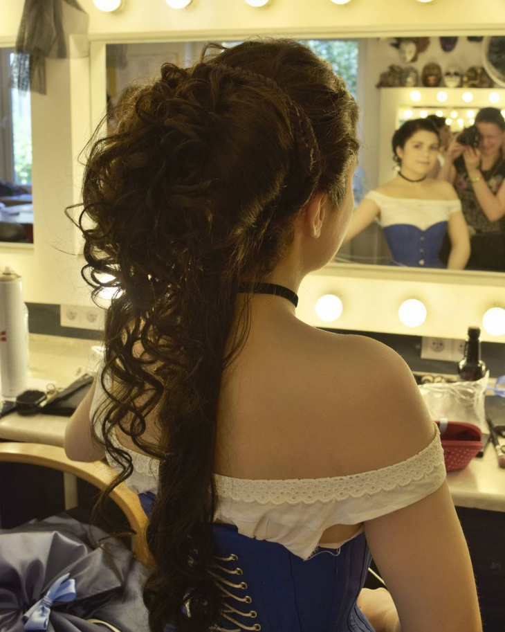 beautiful long silky victorian hair