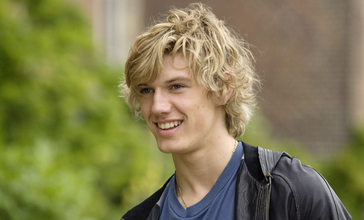 Alex Pettyfer Wavy Haircut