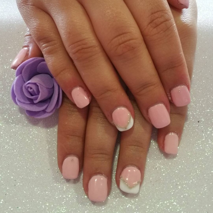 classy pink short nails