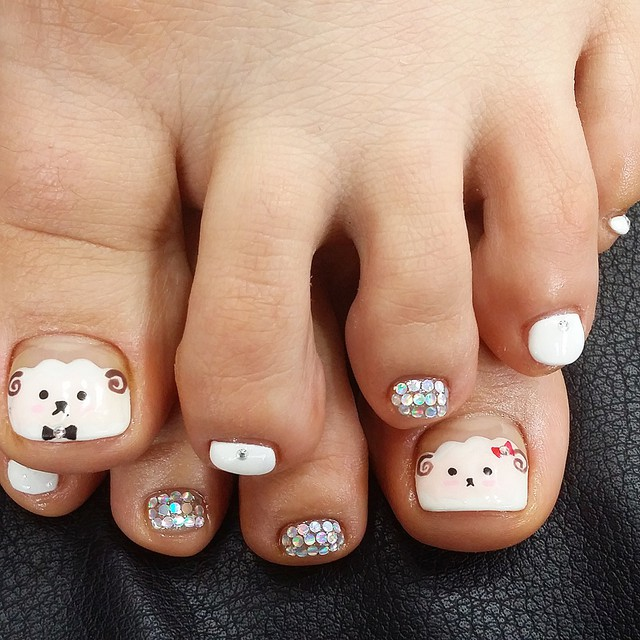Toe Sheep Nail Design