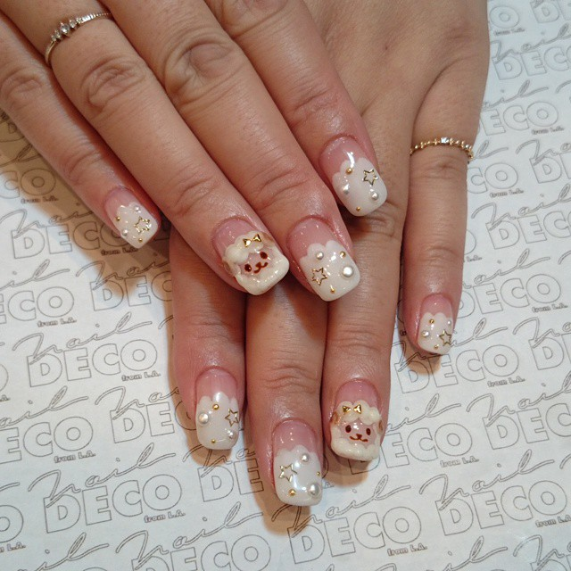 French Tip Sheep Nail Art Idea