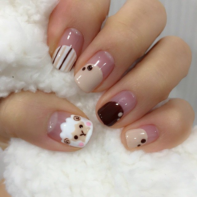 Strip Sheep Nail Art