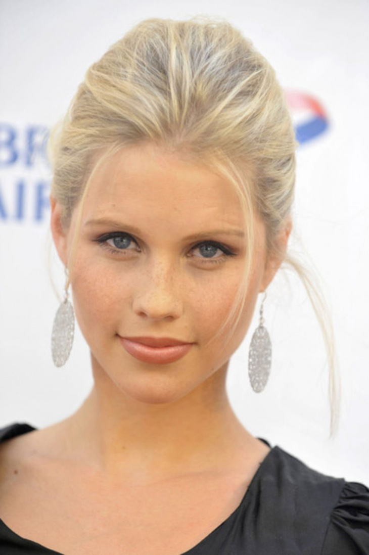 claire holt blonde bump hair