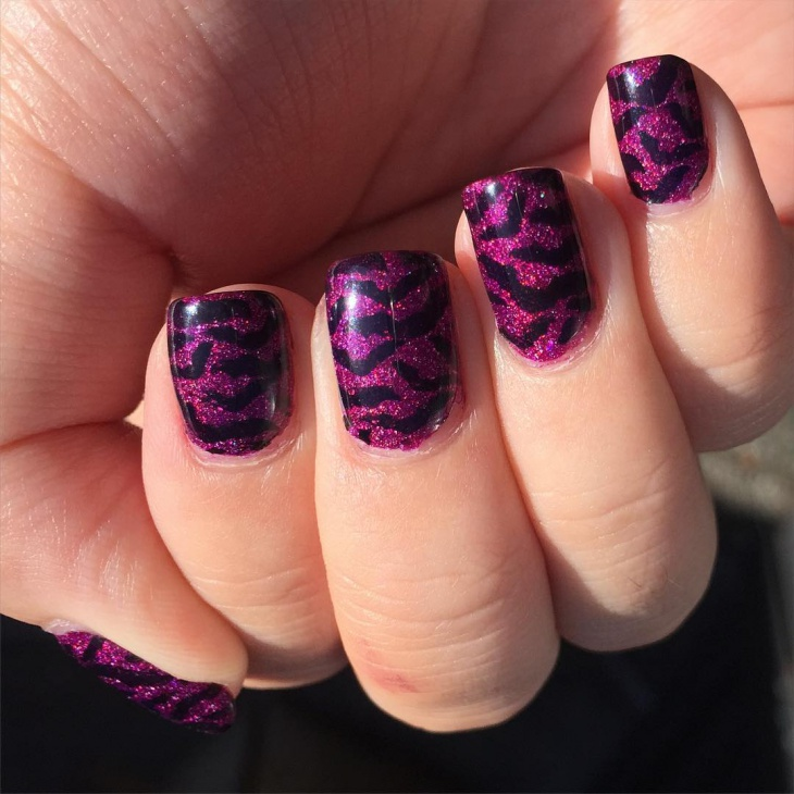 beautiful bat nail design