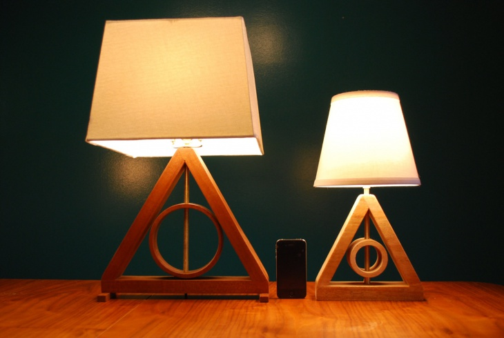 modern geometric table lamp