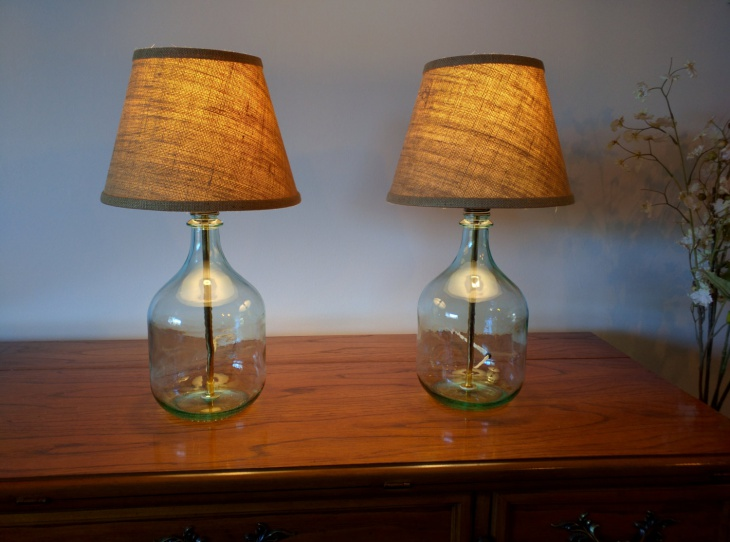 small modern glass table lamp