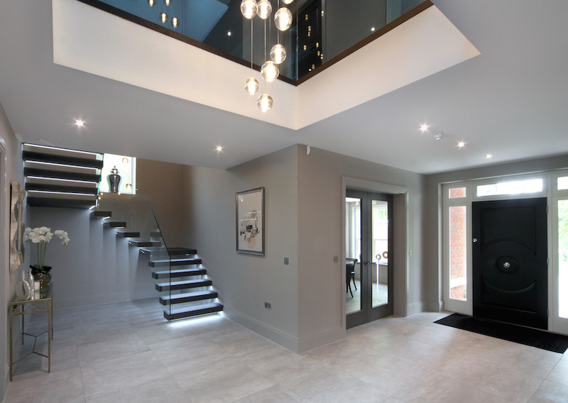 Black Modern Staircase Lighting Idea