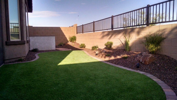 small backyard landscaping design