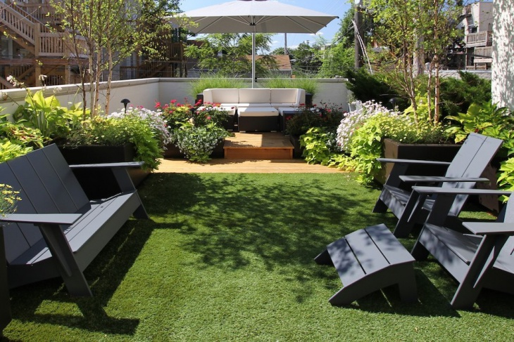 Small Grass Backyard Ideas
