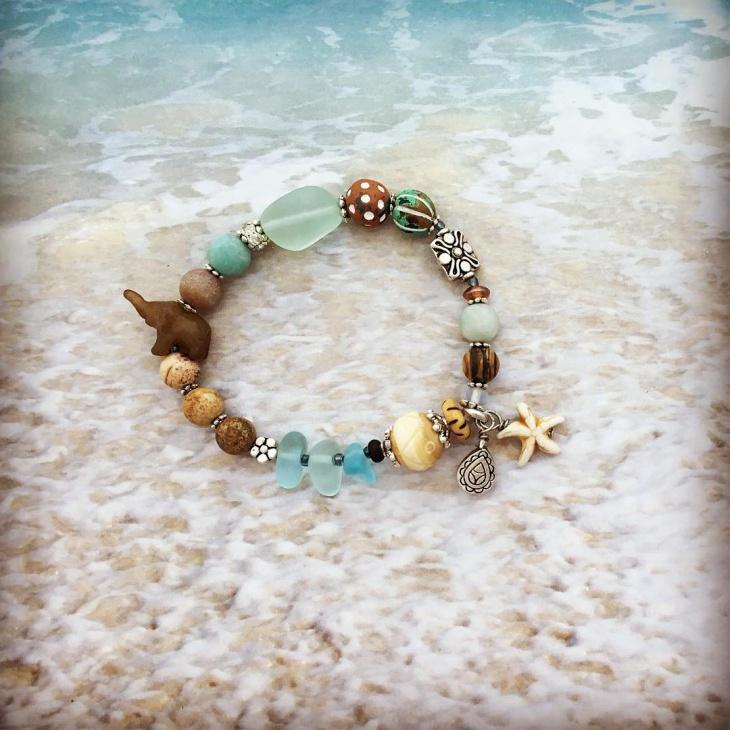 Cute Beach Glass Bracelet Idea