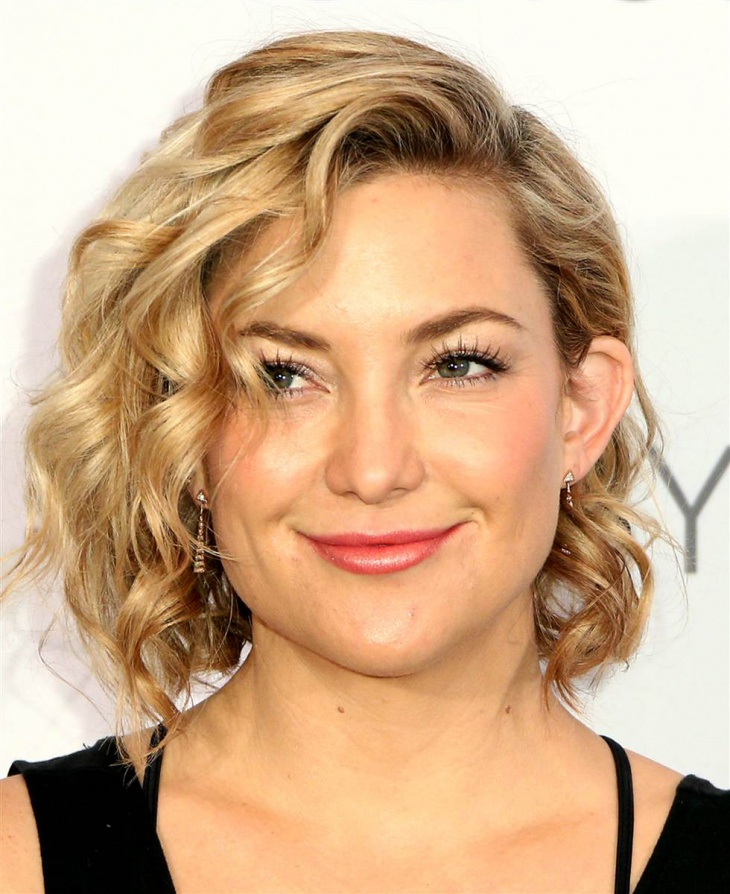 kate hudson short surfer hairstyle