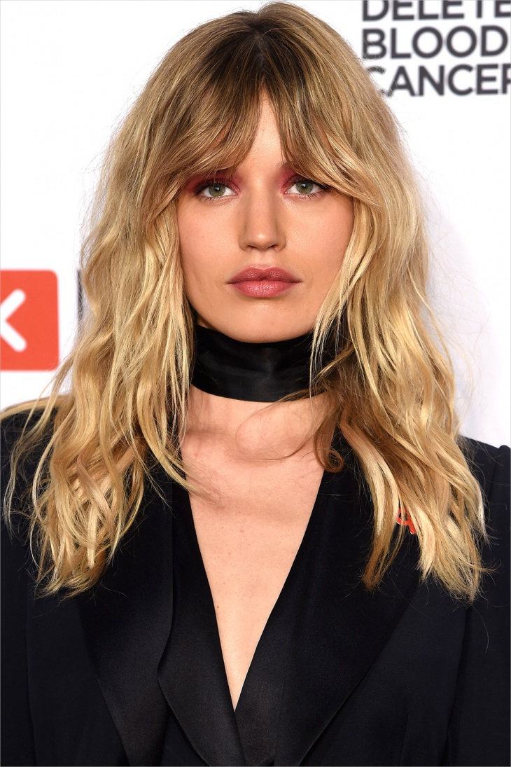 georgia may jagger mid length surfer hair