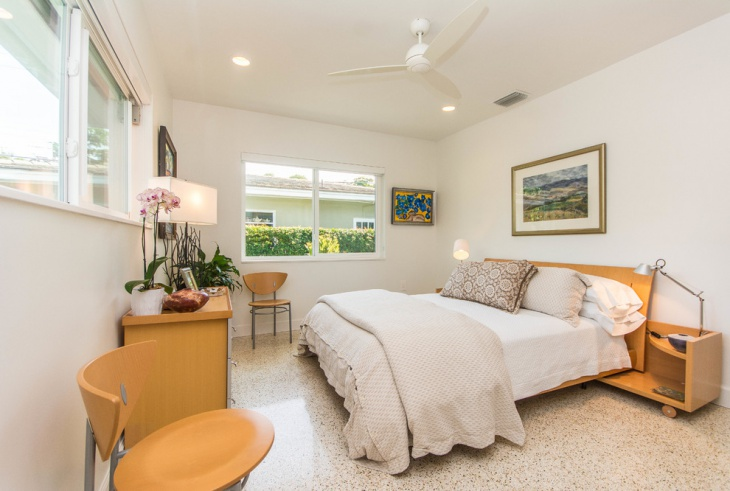 traditional coral bedroom