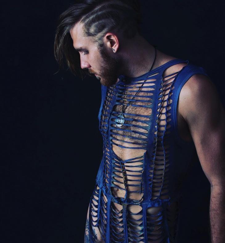 21 cut t shirt dress designs ideas design trends for Cut shirts for men