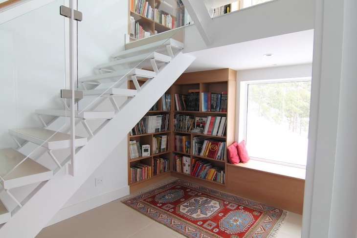 retracting loft staircase