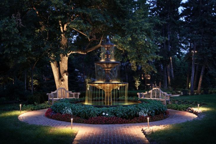 Landscaping Fountain Light Idea