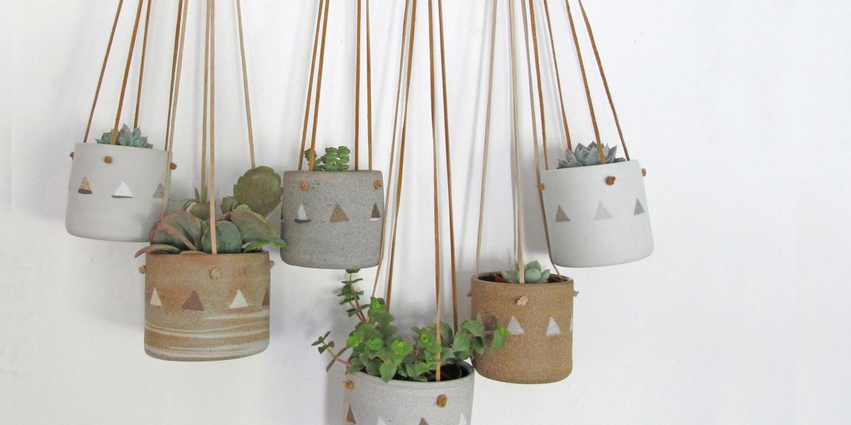hanging pot planters