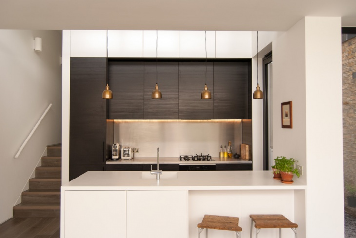 small monochrome kitchen design