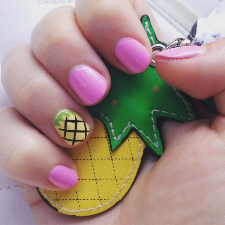 Pineapple Nail art for short Nails