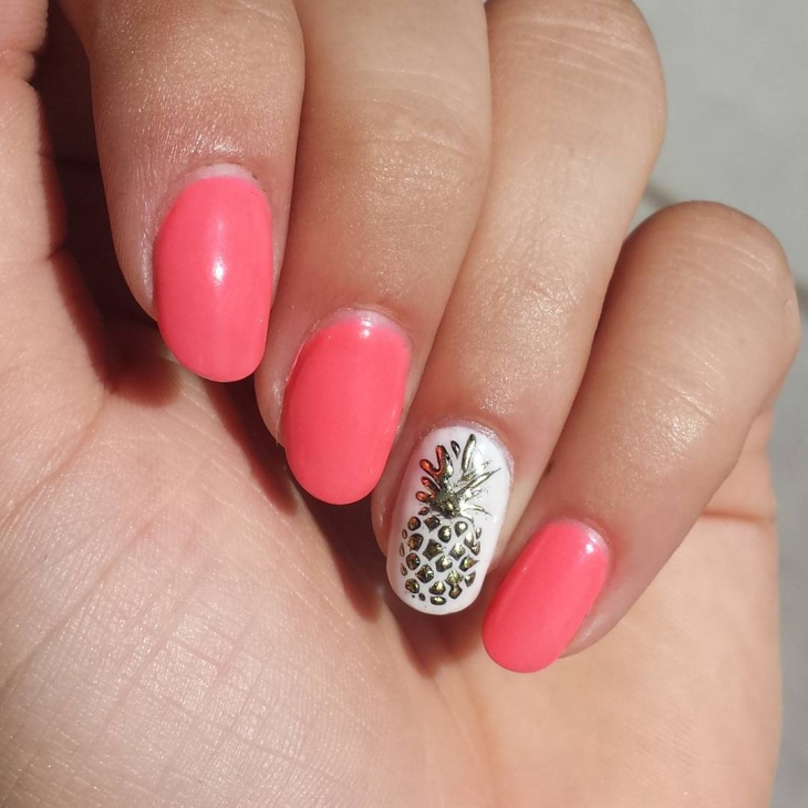 Gold Pineapple Nail Art
