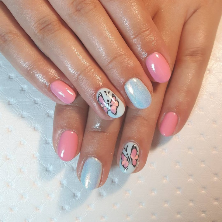 Butterfly Round Nail Design