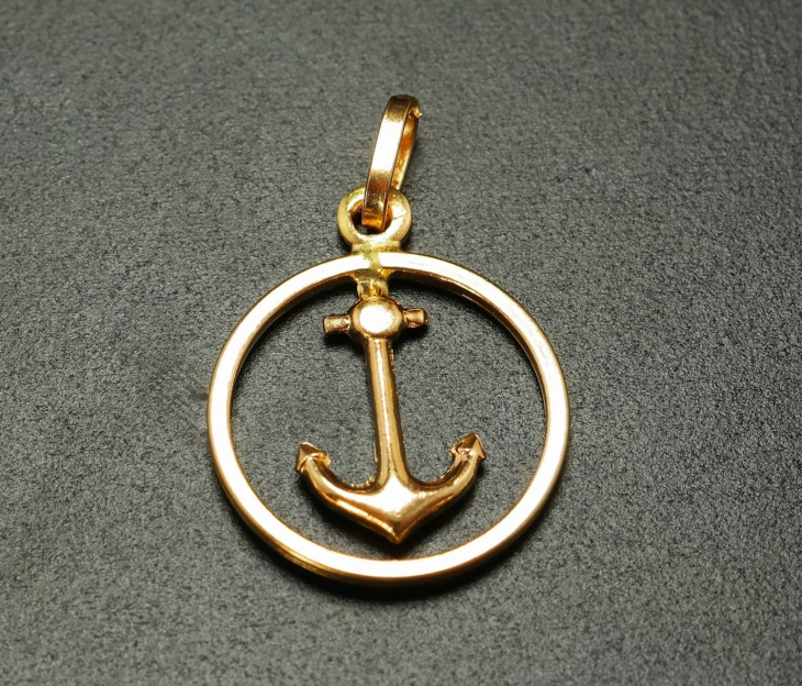 Gold Modern Anchor Pendant