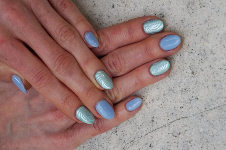 blue and silver swirl nails