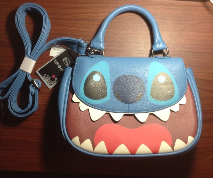 cute disney handbag idea