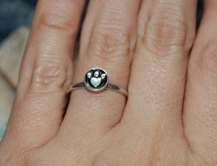 Wolf Paw Print Ring