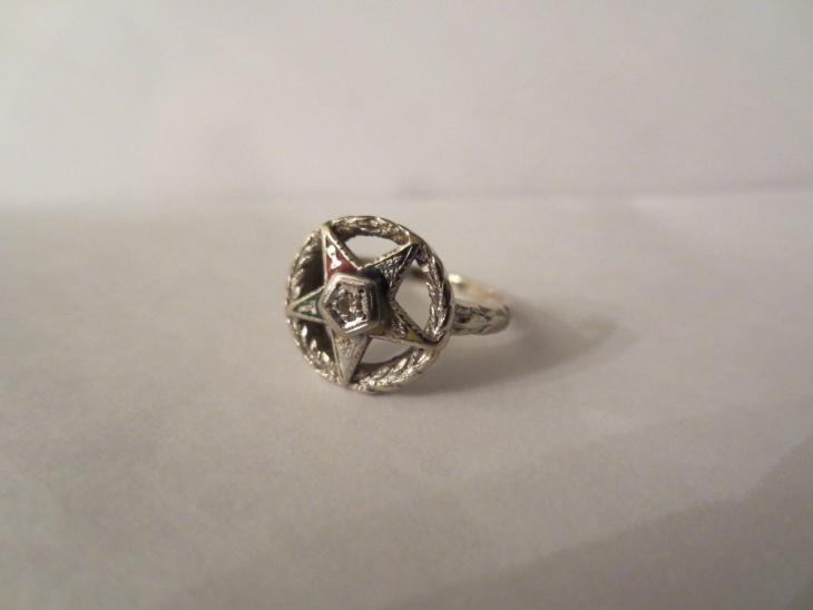 White Gold Star Ring Design