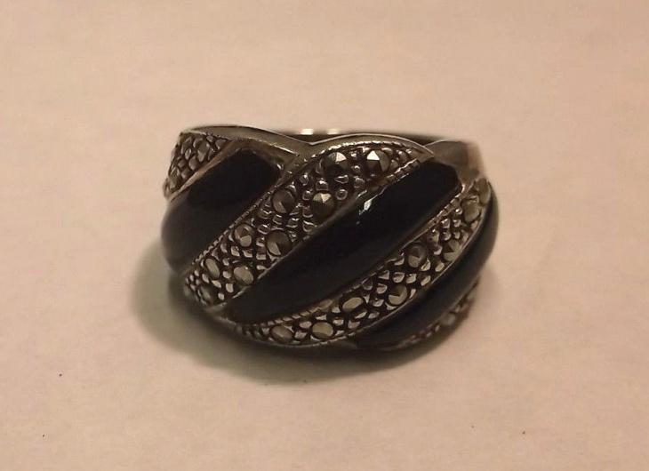 unique marcasite ring design