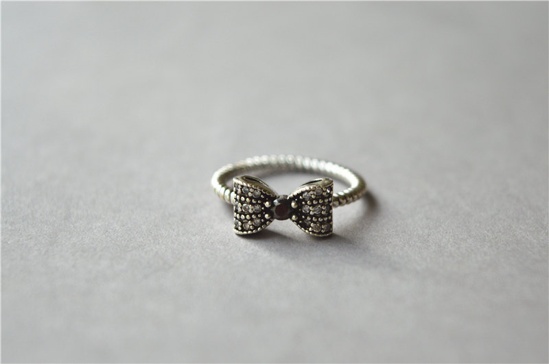 marcasite bow ring idea