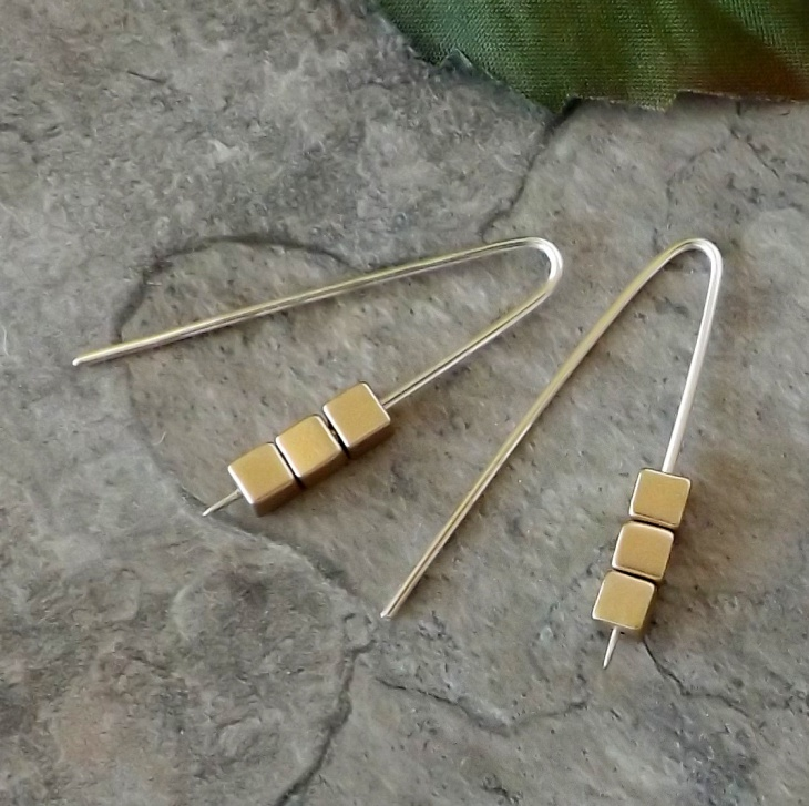 matte gold cube earrings