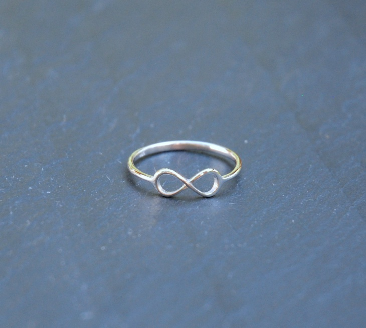 Infinite Wedding Ring Design