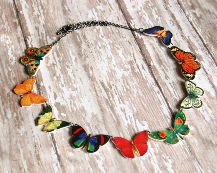 Trendy Butterfly Necklace Design