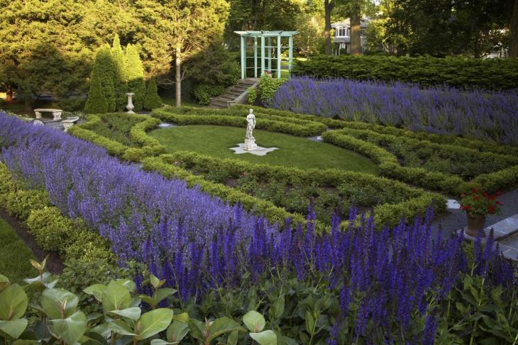 traditional lavender garden idea