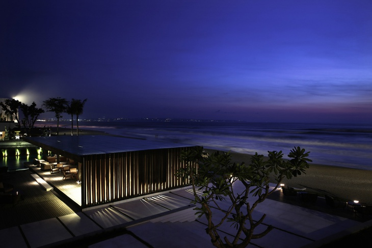 10.Beach Bar Evening View