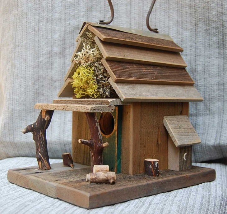 amazing rustic birdhouse