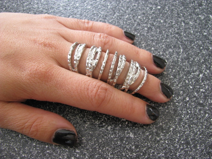 hinged cage ring