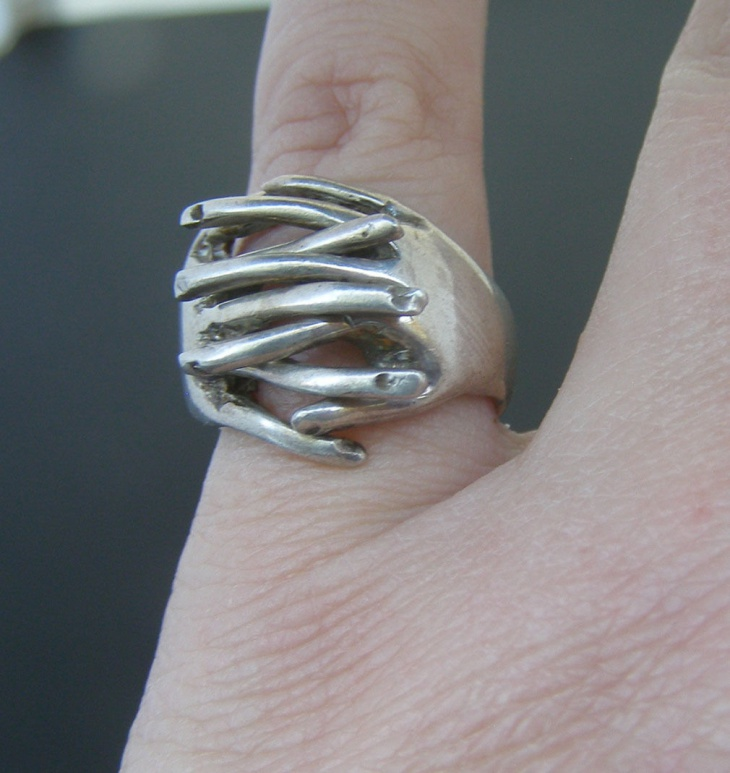 Vintage Hinged Ring