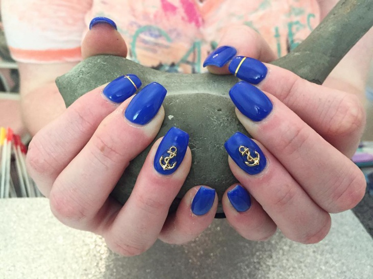 nautical anchor nail design