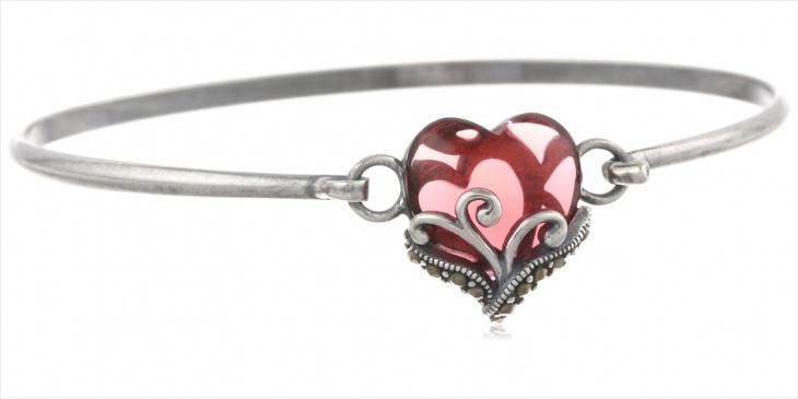heart shaped garnet bracelet
