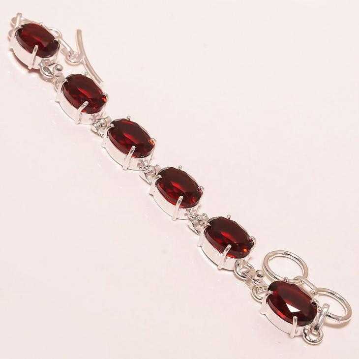 outstanding garnet bracelet