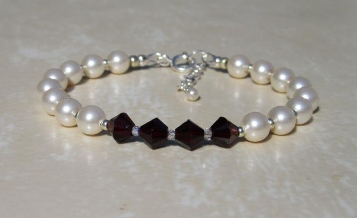 pearl garnet bracelet