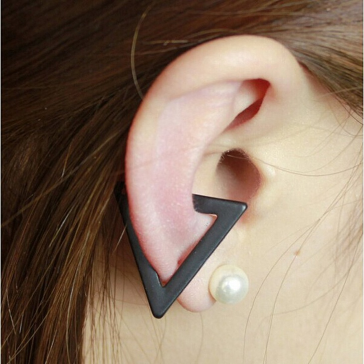 Wrap Clip Hollow Triangle Earrings