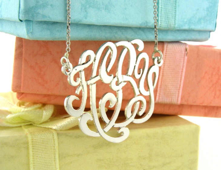 personalized monogram pendant necklace