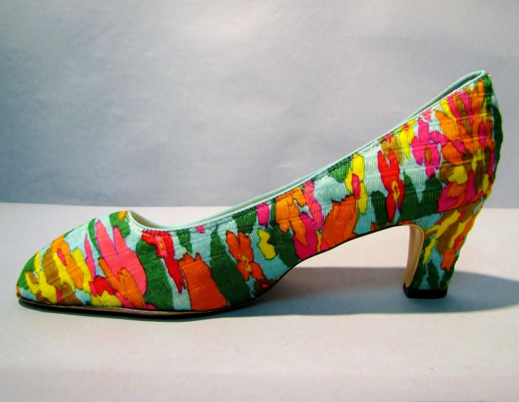 Vintage Psychedelic Shoe Design