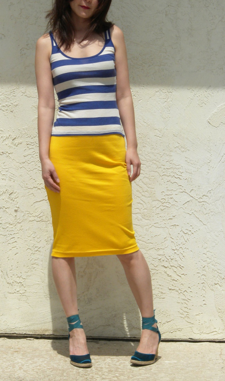 yellow color sheath skirt